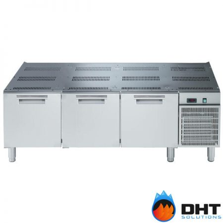 Electrolux 371122 - 3 Drawer Refrigerated Base